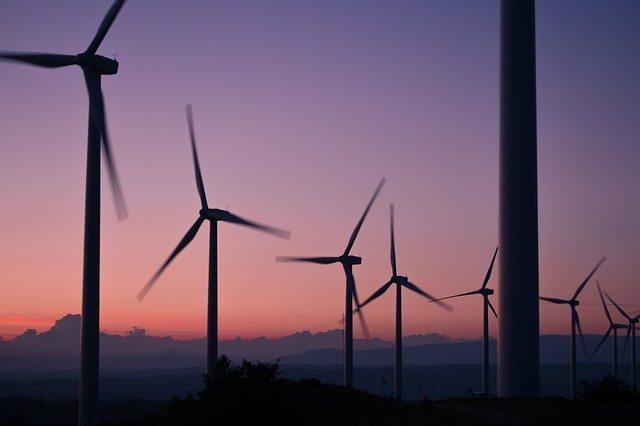 windmills-984137_640